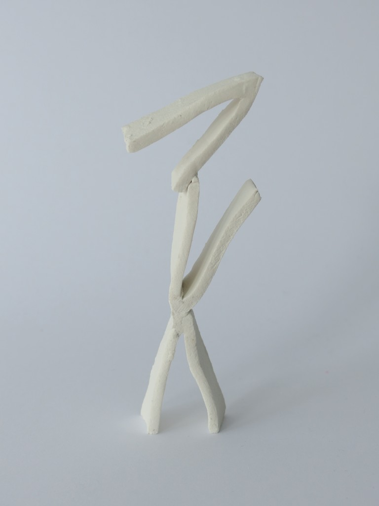 V-sculptures (white)